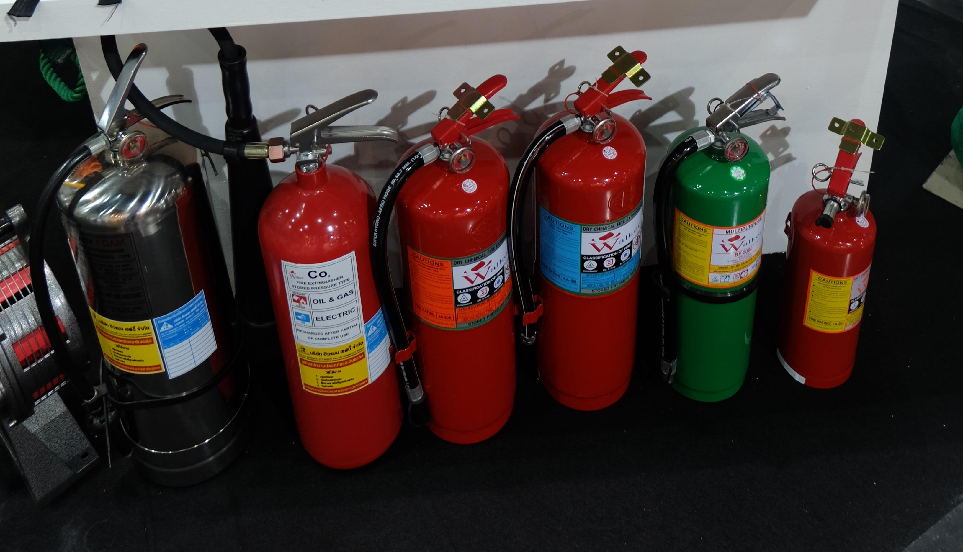 Bình bột chữa cháy BC 8kg